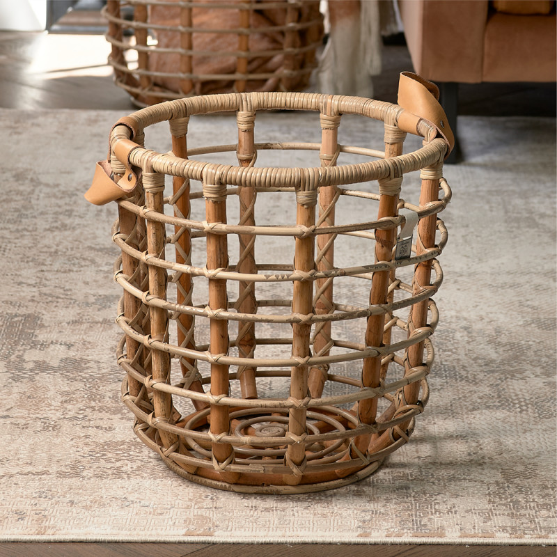 Courageous chic basket natural m