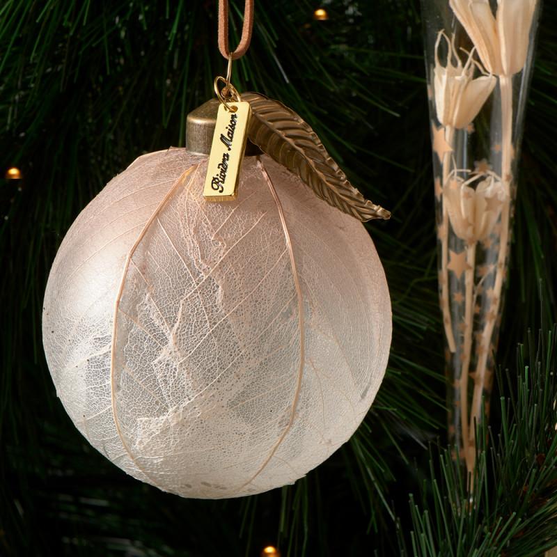 Christmas leaves ornament dia 8