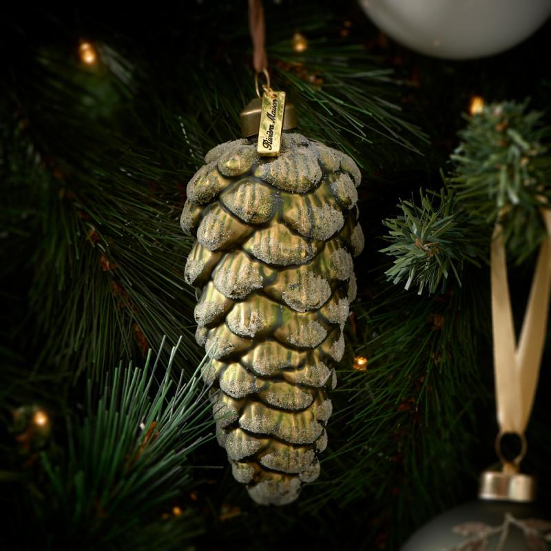 Pretty pinecone ornament m