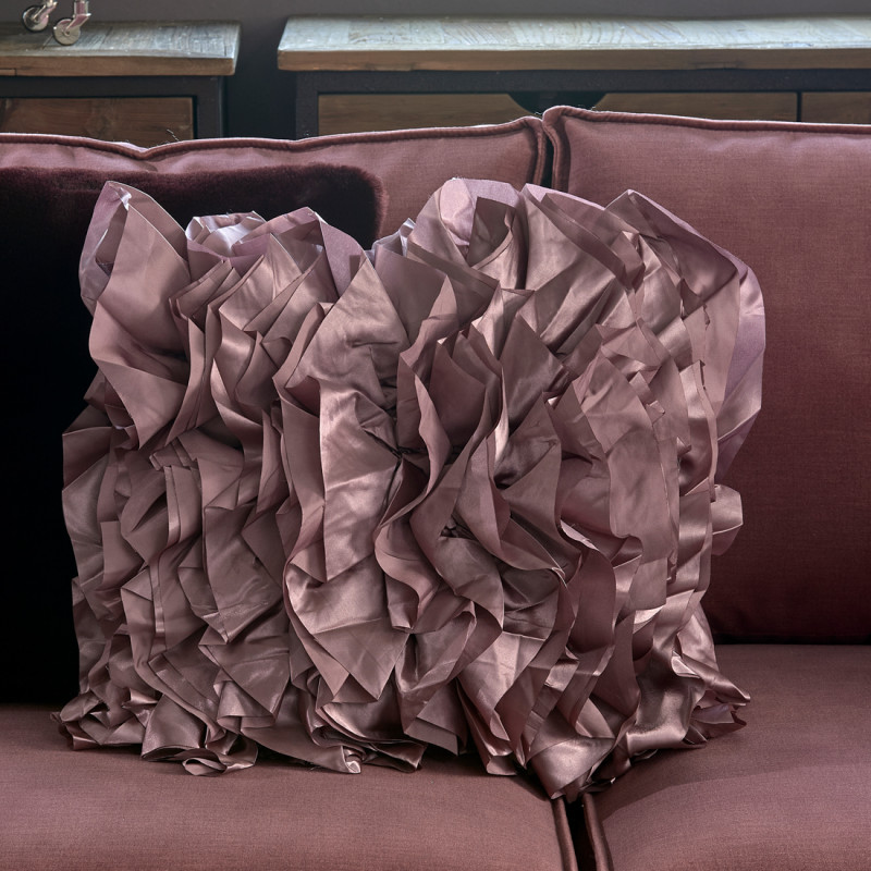 Ballad ruffle pillow cover 50x50