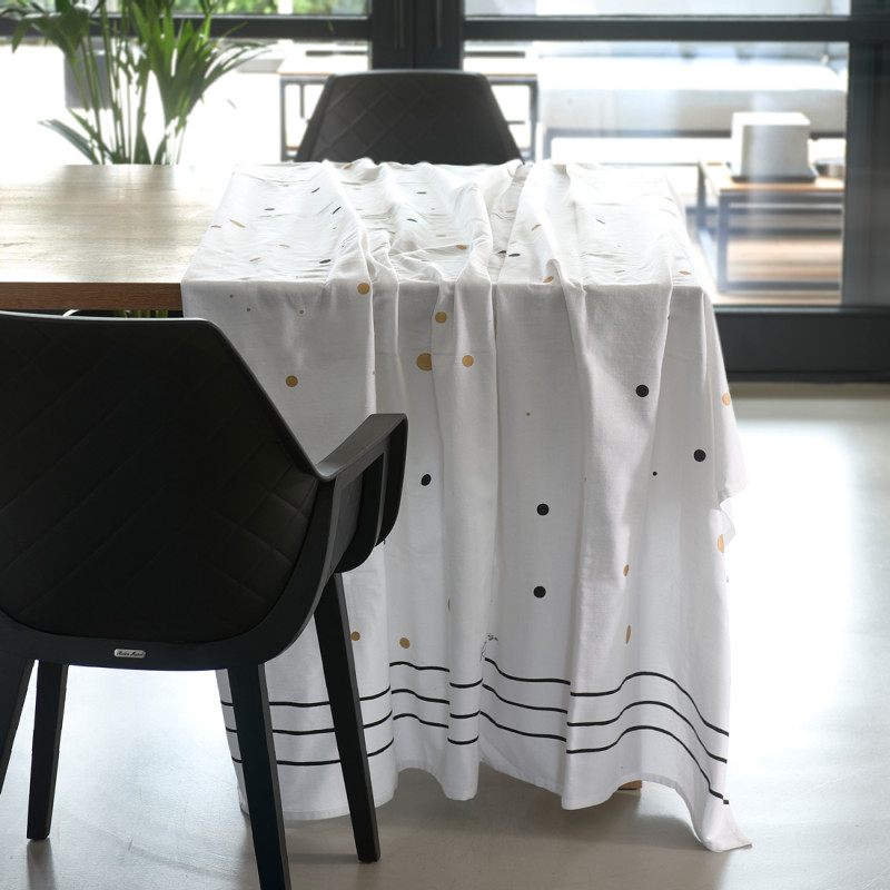 Rm dots table cloth 270x150