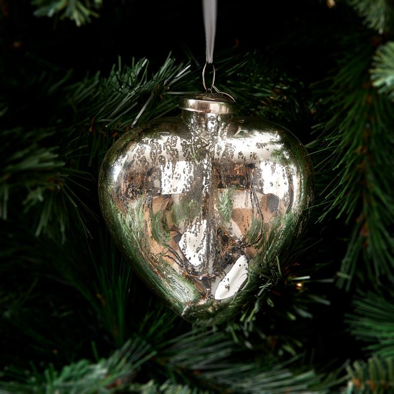 Merry christmas heart ornament silv