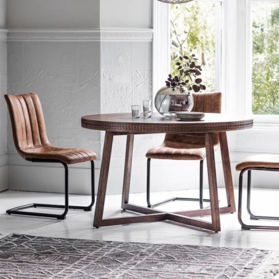 Boho retreat 12m round dining table