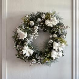 An amazing christmas wreath 65cm
