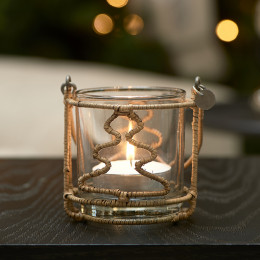 Rustic rattan christmas tree votive