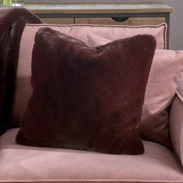 Faux fur pillow cover d red 50x50