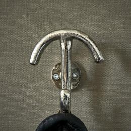 Classic clothes hook
