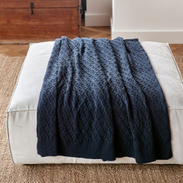 Rm knitted cable throw blue 180x130cm