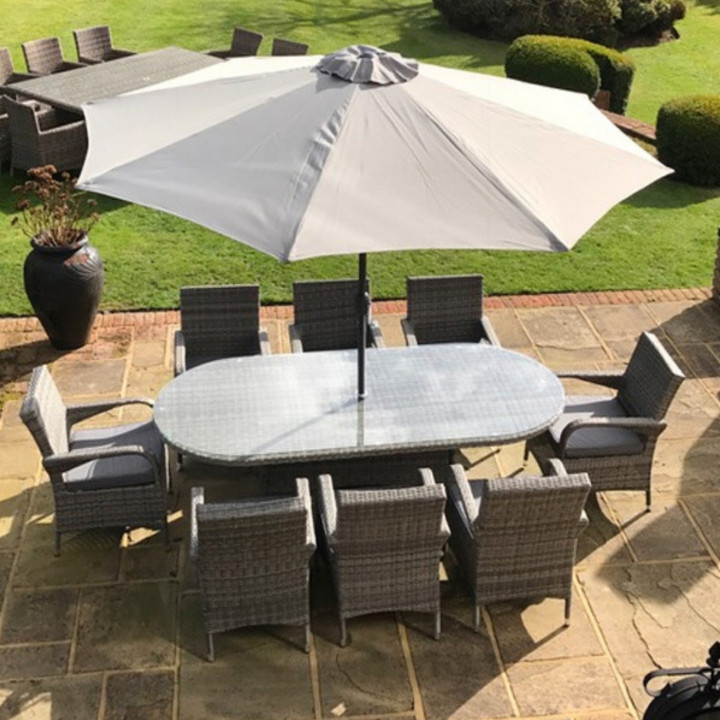 Chester 8 seater oval set