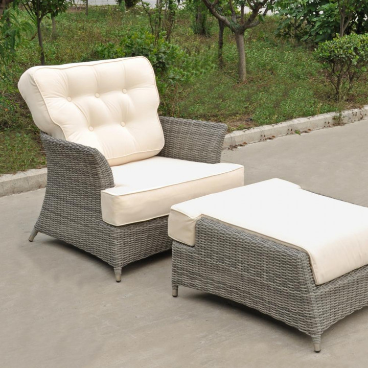 Oxford armchair with footstool