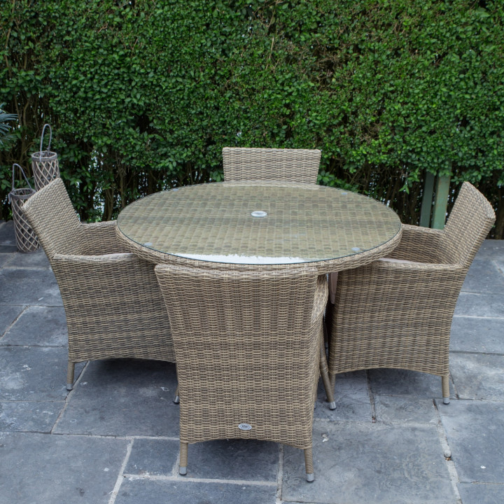 Dumont 4 seat set with 120cm round table natural