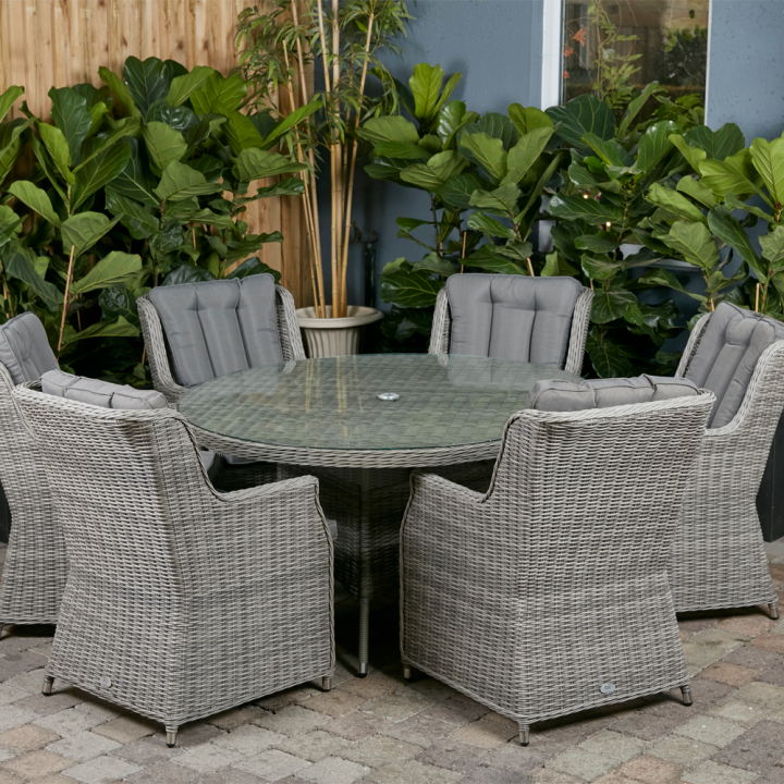 Yale 6 seat set with 135cm round table grey cushions