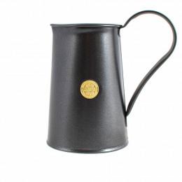 The classic jug in graphite